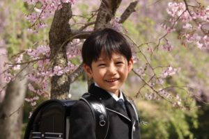 入学式の男の子